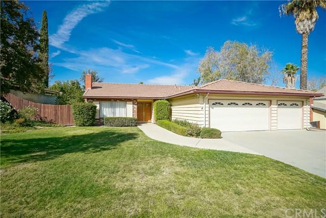 2179 Hackamore Place, Riverside, CA 92506 (#IV17229356) :: Carrington Real Estate Services