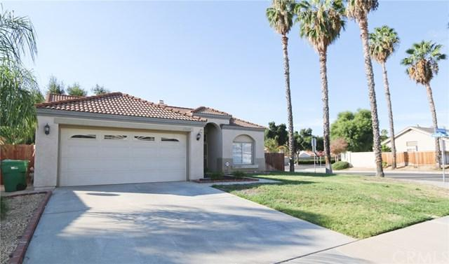 25625 Buena Fortuna Lane, Moreno Valley, CA 92551 (#OC17239064) :: Fred Sed Realty