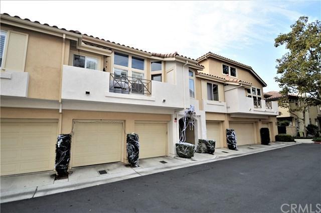 39 Via Madera, Rancho Santa Margarita, CA 92688 (#OC17240335) :: DiGonzini Real Estate Group