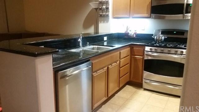 3960 Polk Street E, Riverside, CA 92505 (#CV17240361) :: Carrington Real Estate Services