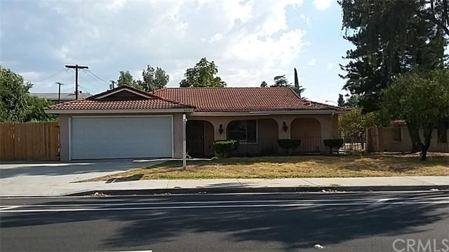 4610 Central Avenue, Riverside, CA 92506 (#IV17240403) :: Carrington Real Estate Services