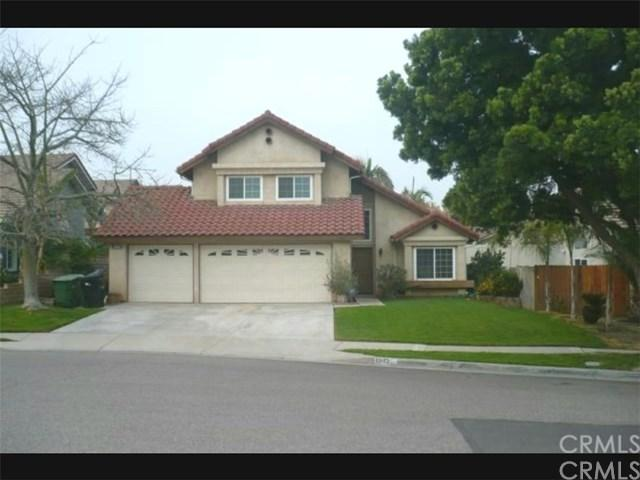 1942 Silverwood Circle, Corona, CA 92881 (#TR17236798) :: Carrington Real Estate Services