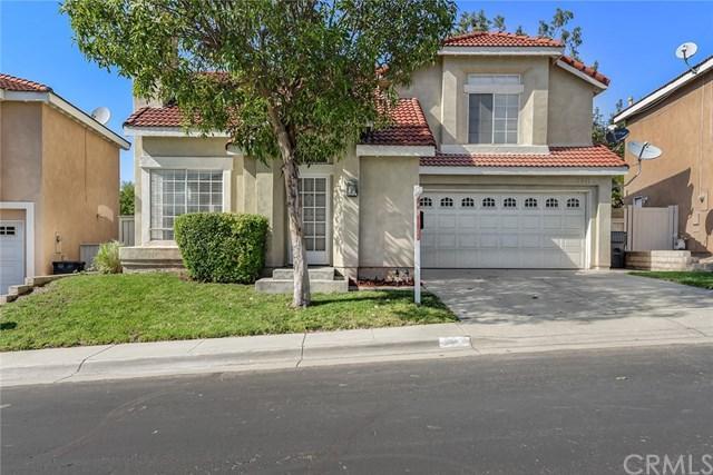 2213 Dorado Street, Corona, CA 92879 (#SW17240087) :: Carrington Real Estate Services