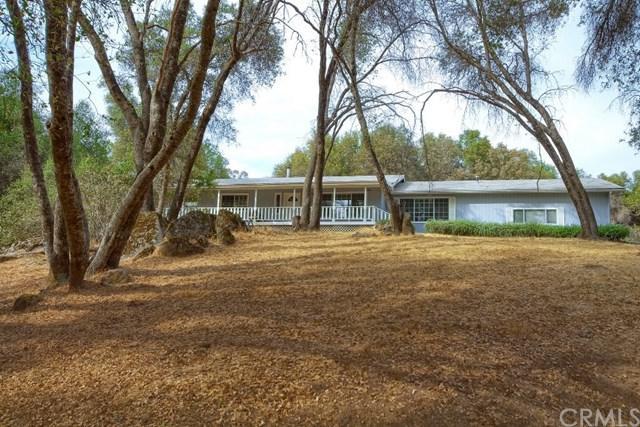 51847 Quail Ridge Road, Oakhurst, CA 93644 (#FR17240440) :: RE/MAX Masters