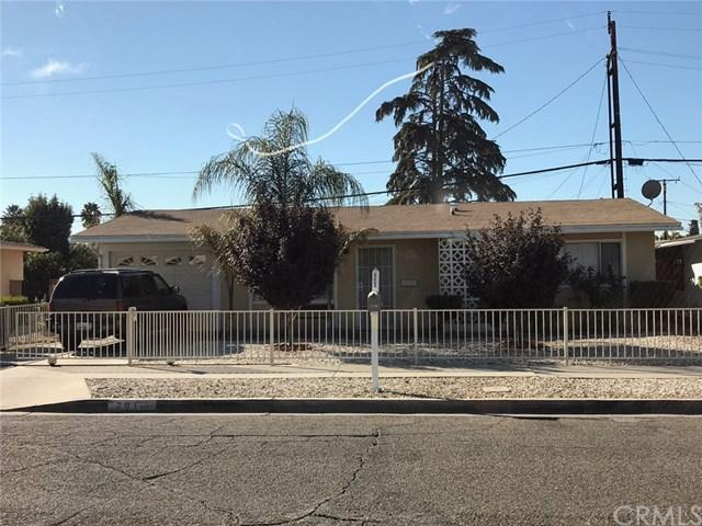 201 W Mayberry Avenue, Hemet, CA 92543 (#SW17240512) :: Allison James Estates and Homes