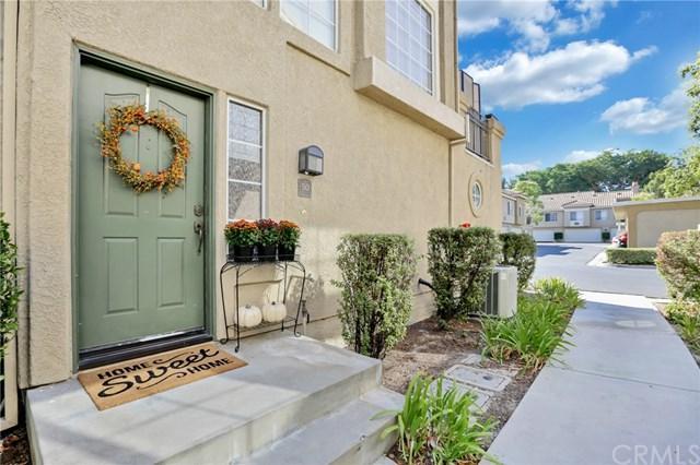 50 Tamarac Place #61, Aliso Viejo, CA 92656 (#PW17240381) :: DiGonzini Real Estate Group