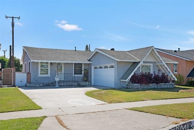 12358 207th Street, Lakewood, CA 90715 (#PW17240547) :: Kato Group