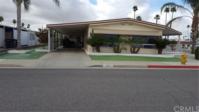 931 San Gorgonio Way, Hemet, CA 92543 (#SW17240770) :: Allison James Estates and Homes