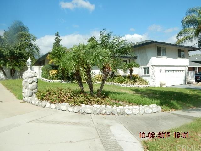 313 E Avalon Court, Upland, CA 91784 (#CV17240746) :: Mainstreet Realtors®