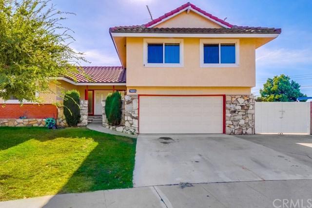 1423 N Cleveland Street, Orange, CA 92867 (#OC17239736) :: DiGonzini Real Estate Group