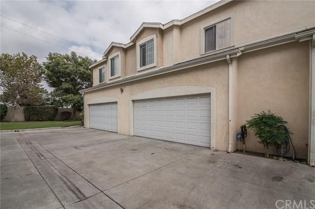 7965 Stewart And Gray Road, Downey, CA 90241 (#DW17240732) :: Kato Group