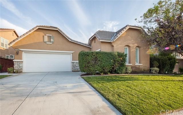 27430 Carlton Oaks Street, Murrieta, CA 92562 (#SW17240677) :: Allison James Estates and Homes