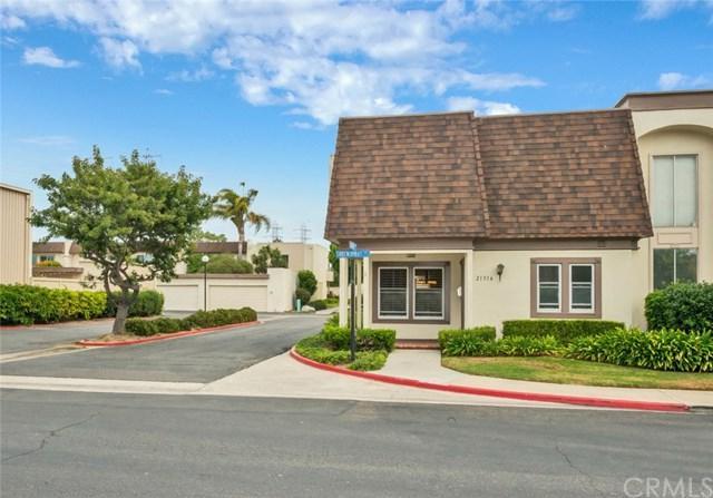 21316 Greenspray Lane, Huntington Beach, CA 92646 (#OC17239662) :: DiGonzini Real Estate Group