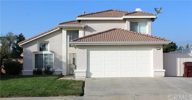 422 Tartan Way, Beaumont, CA 92223 (#EV17240879) :: Angelique Koster