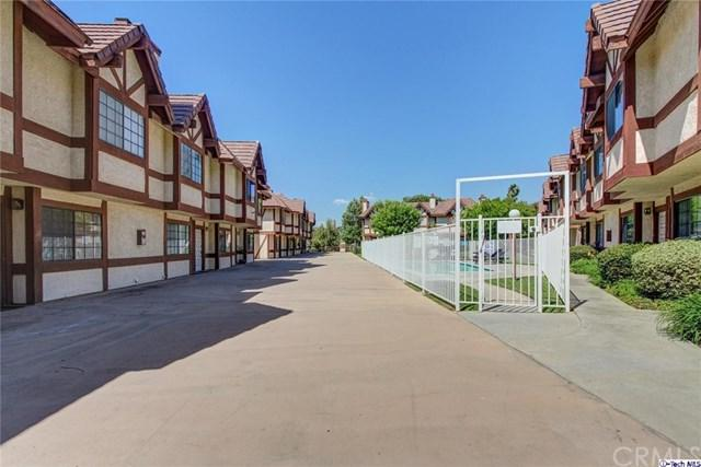 9325 Sunland Park Drive #31, Sun Valley, CA 91352 (#317006971) :: Prime Partners Realty