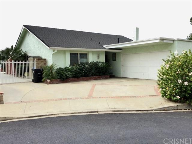 13406 Lochrin Lane, Sylmar, CA 91342 (#SR17241179) :: The Brad Korb Real Estate Group