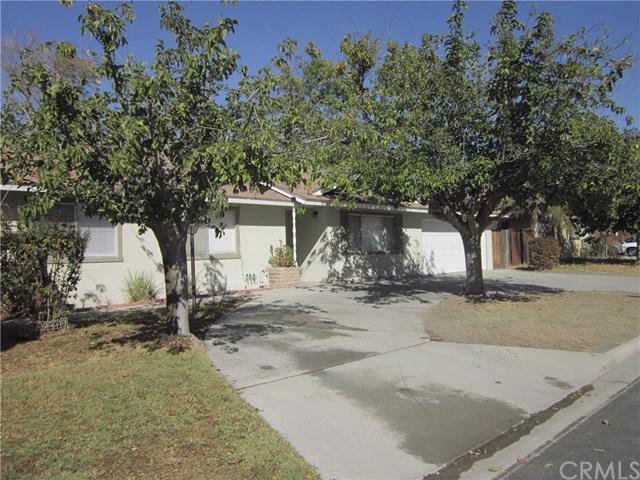 40820 Malibar Avenue, Hemet, CA 92544 (#SW17240410) :: Kristi Roberts Group, Inc.