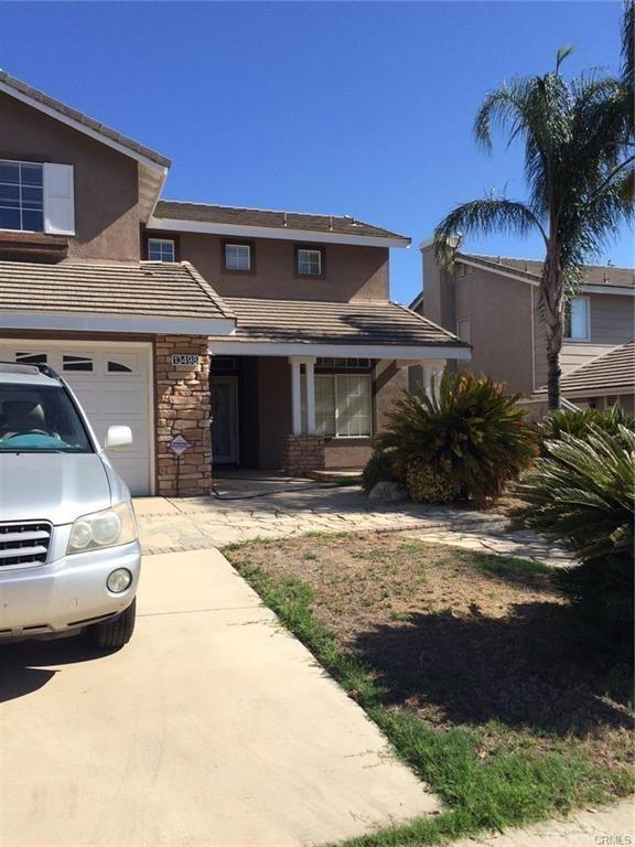 13498 Fairfield Drive, Corona, CA 92883 (#IG17241396) :: Kristi Roberts Group, Inc.