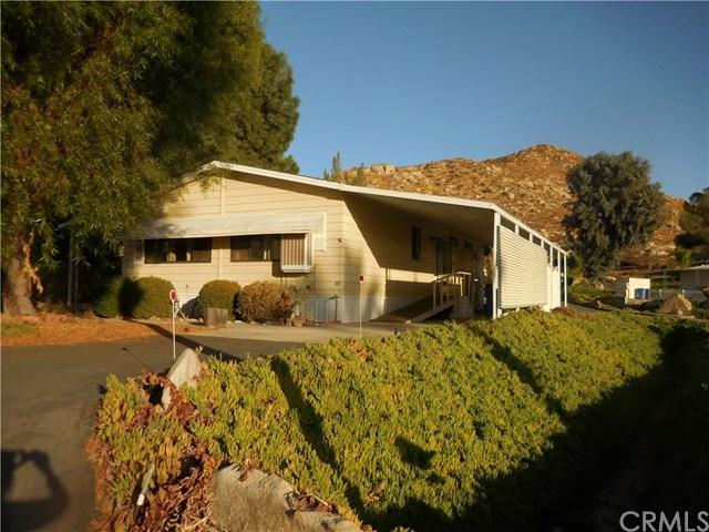 1700 S State Street #93, Hemet, CA 92543 (#SW17236473) :: Kristi Roberts Group, Inc.