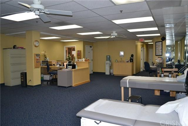 Physical Therapy Clinic, Simi Valley, CA 93065 (#SR17239767) :: RE/MAX Parkside Real Estate