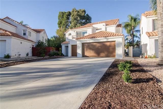 40007 White Leaf Lane, Murrieta, CA 92562 (#SW17241816) :: Kristi Roberts Group, Inc.