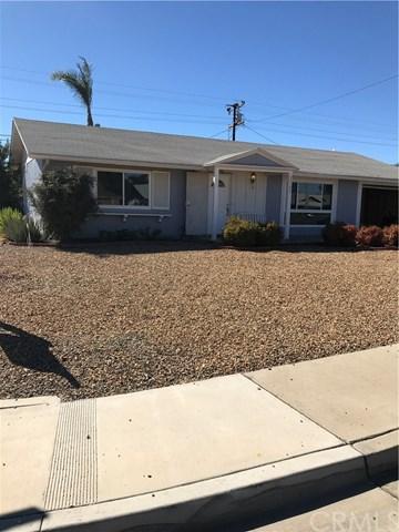 29177 Carmel Road, Sun City, CA 92586 (#SW17241819) :: Kristi Roberts Group, Inc.