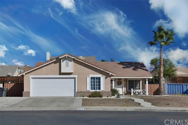 15174 Versailles Street, Lake Elsinore, CA 92530 (#SW17238650) :: Kristi Roberts Group, Inc.