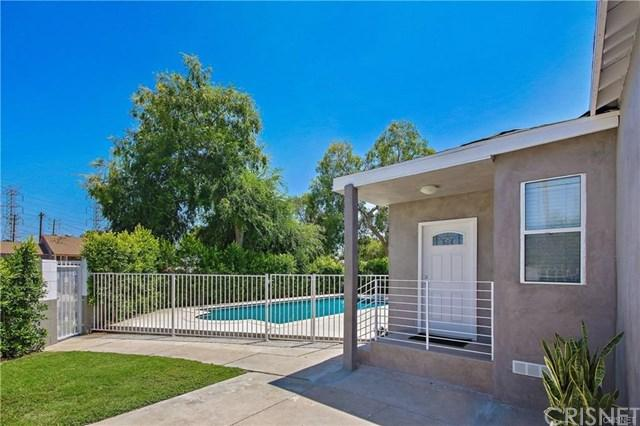 6455 Bakman Avenue, North Hollywood, CA 91606 (#SR17241769) :: The Brad Korb Real Estate Group