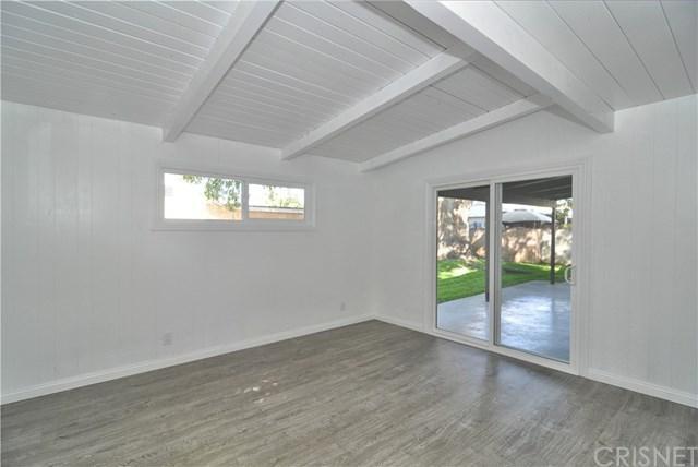 6945 Katherine Avenue, Van Nuys, CA 91405 (#SR17234596) :: The Brad Korb Real Estate Group