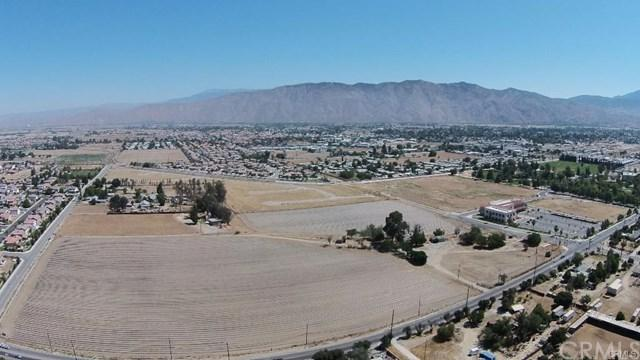 1259 W Esplanade Avenue, San Jacinto, CA 92582 (#IV17242016) :: Kristi Roberts Group, Inc.