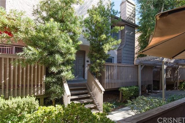 18316 Hatteras Street #15, Tarzana, CA 91356 (#SR17236814) :: The Brad Korb Real Estate Group