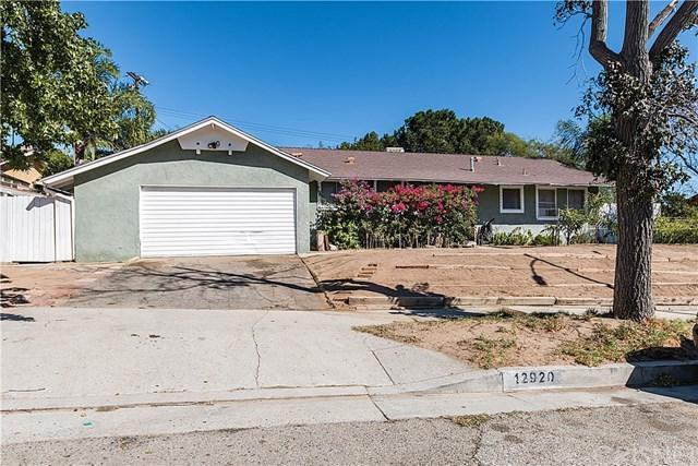 12920 Adelphia Avenue, San Fernando, CA 91340 (#SR17245330) :: Fred Sed Realty