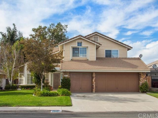39927 Willowbend Drive, Murrieta, CA 92563 (#SW17243136) :: The Val Ives Team