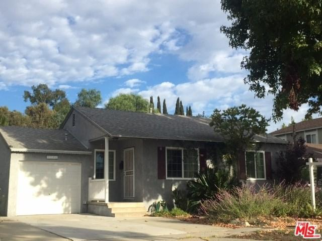 7736 Midfield Avenue, Westchester, CA 90045 (#17288456) :: Erik Berry & Associates