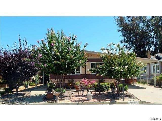38594 Calle De La Siesta, Murrieta, CA 92563 (#SW17255329) :: Dan Marconi's Real Estate Group