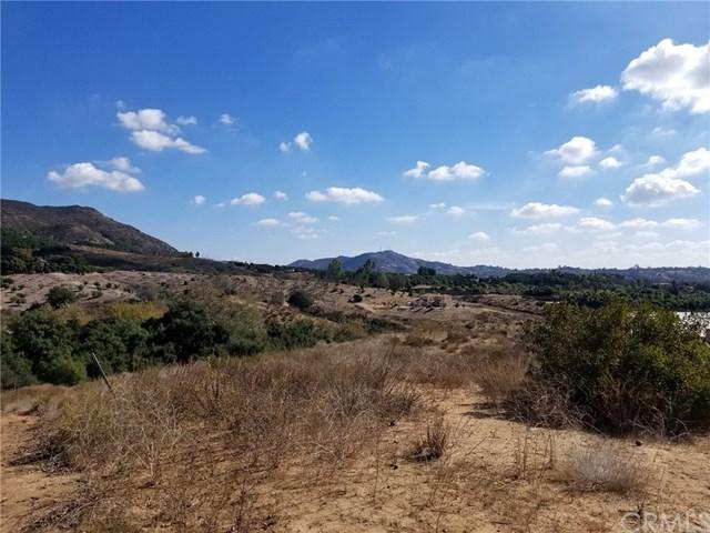 0 Via De La Roca Road, Fallbrook, CA 92028 (#SW17255332) :: Dan Marconi's Real Estate Group