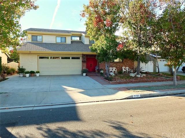 11731 Cherry Street, Los Alamitos, CA 90720 (#PW17255955) :: Kato Group