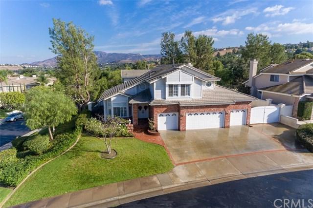 704 S Hidden Creek Circle, Anaheim Hills, CA 92808 (#PW17257059) :: The Darryl and JJ Jones Team