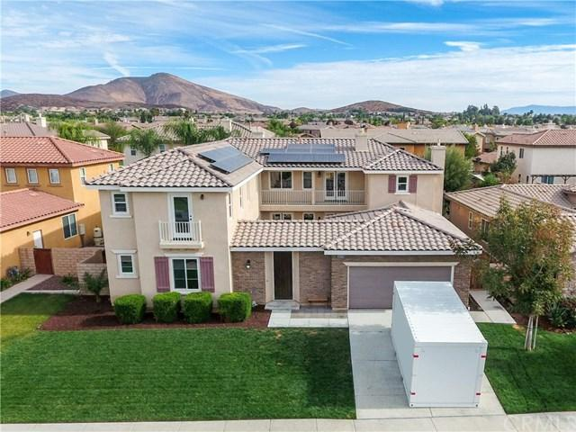 35216 Via Santa Catalina, Winchester, CA 92596 (#SW17257845) :: Dan Marconi's Real Estate Group