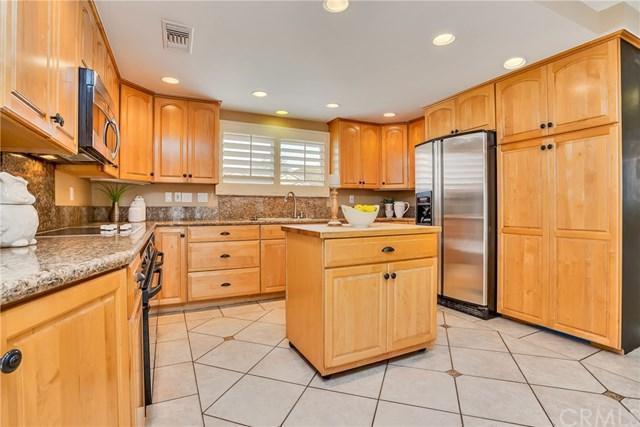 25481 Earhart Road, Laguna Hills, CA 92653 (#OC17252051) :: Doherty Real Estate Group