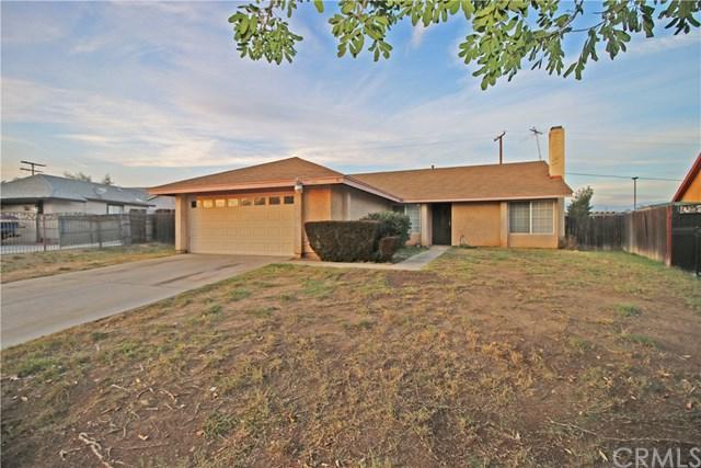 345 N Driftwood Avenue, Rialto, CA 92376 (#EV17258042) :: Mainstreet Realtors®