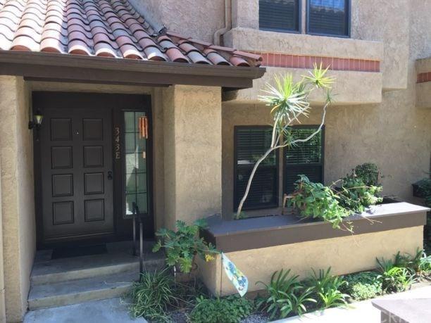 343 E Chapman Avenue E, Placentia, CA 92870 (#PW17258135) :: The Darryl and JJ Jones Team