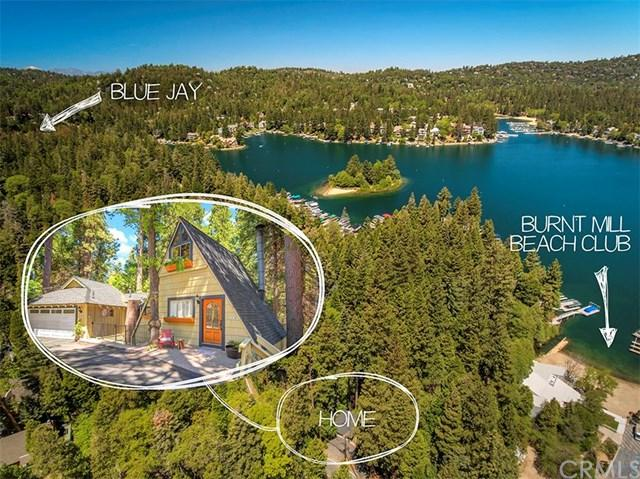 27890 Lakes Edge Road, Lake Arrowhead, CA 92352 (#EV17258285) :: Angelique Koster