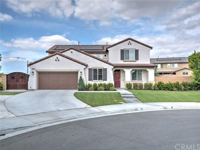 11981 Kestral Court, Jurupa Valley, CA 91752 (#CV17258550) :: Provident Real Estate