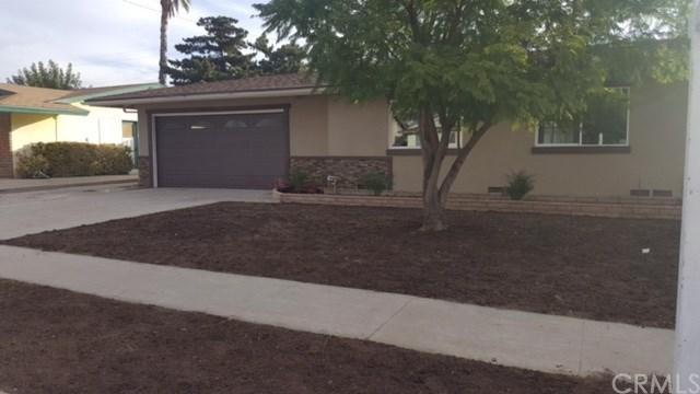 1009 N Primrose Avenue, Rialto, CA 92376 (#IV17258853) :: Mainstreet Realtors®