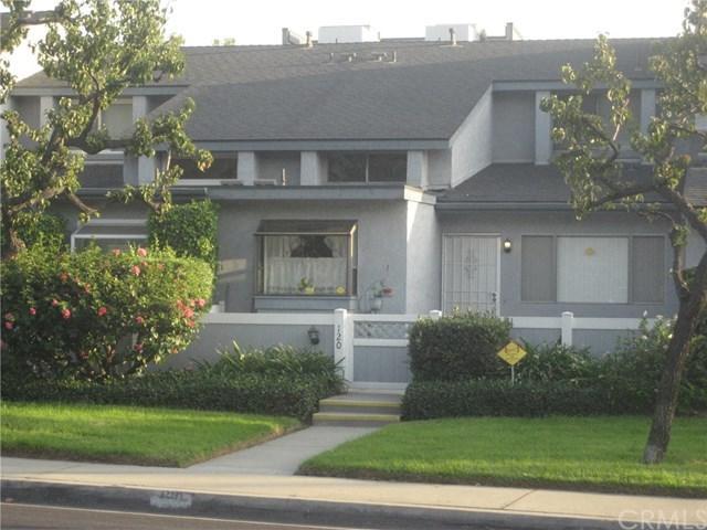900 W Sierra Madre Avenue #120, Azusa, CA 91702 (#AR17259313) :: CG Realtors