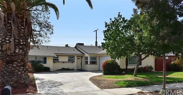 1220 E 13th Street, Upland, CA 91786 (#CV17257095) :: Mainstreet Realtors®