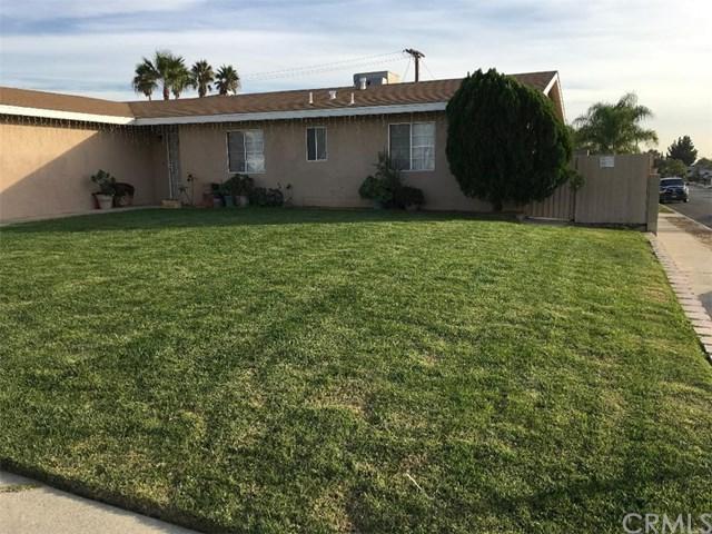 665 W Etiwanda Avenue, Rialto, CA 92376 (#CV17259348) :: Mainstreet Realtors®