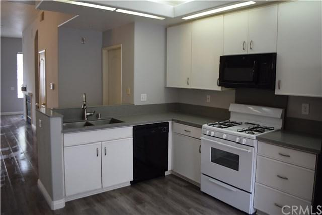 228 Montana Del Lago Drive, Rancho Santa Margarita, CA 92688 (#OC17259590) :: Doherty Real Estate Group