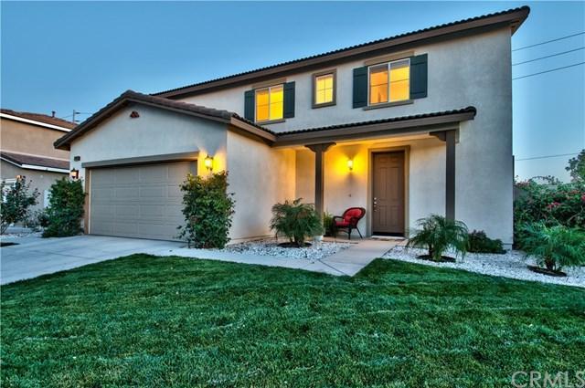 14963 Murwood Lane, Eastvale, CA 92880 (#OC17237185) :: The DeBonis Team